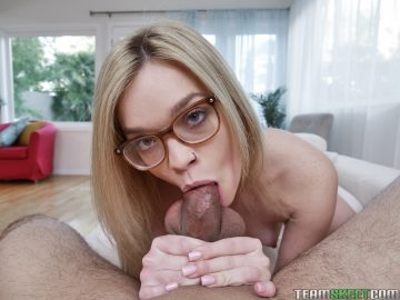 Hot chick with glasses Katie Kush sucks big dick